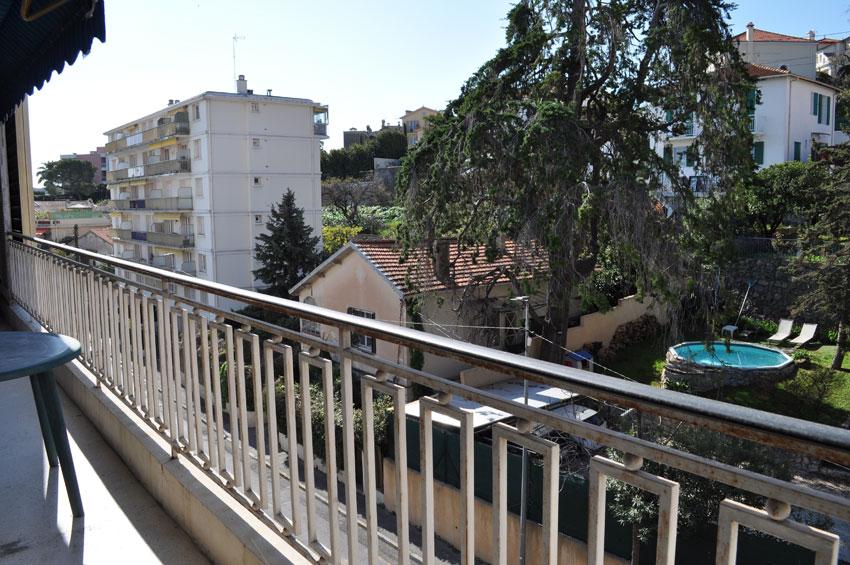 appartement, location antibes, location vacances appartement antibes, vacances antibes, centre ville, airbnb, abritel, booking.com, locasun